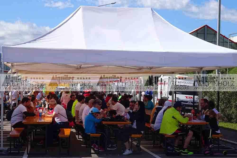 Alquiler de mesas plegables para eventos y celebraciones