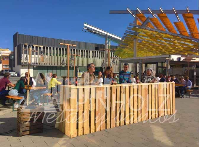 Alquiler de mesas plegables de madera